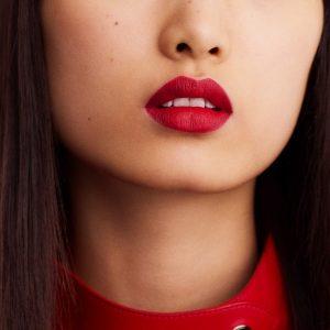rouge-hermes-matte-lipstick-rouge-bleu-60001MV068-worn-8-0-0-1700-1700-q99_b.jpg