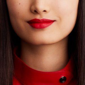 rouge-hermes-matte-lipstick-rouge-casaque-60001MV064-worn-10-0-0-1700-1700-q99_b.jpg