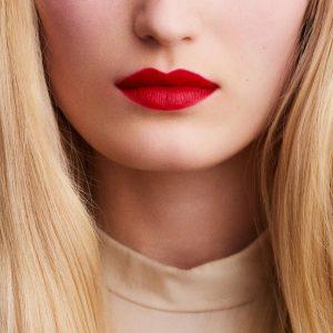 rouge-hermes-matte-lipstick-rouge-casaque-60001MV064-worn-9-0-0-1700-1700-q99_b.jpg