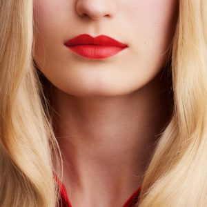 rouge-hermes-matte-lipstick-rouge-exotique-60001MV046-worn-9-0-0-1700-1700-q99_b.jpg
