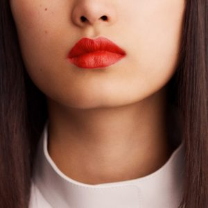 rouge-hermes-matte-lipstick-rouge-orange-60001MV053-worn-8-0-0-1700-1700-q99_b.jpg