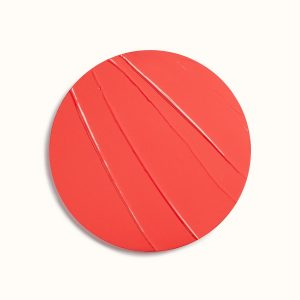 rouge-hermes-satin-lipstick-corail-flamingo-60001SV036-worn-10-0-0-1700-1700-q99_b.jpg
