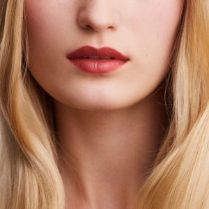 rouge-hermes-satin-lipstick-rose-epice-60001SV021-worn-5-0-0-1700-1700-q99_b-Copy.jpg