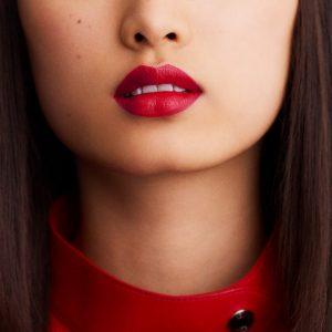 rouge-hermes-satin-lipstick-rouge-piment-60001SV066-worn-7-0-0-1700-1700-q99_b.jpg